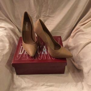 """Delicacy Taupe 4 1/2"""" Stilettos. Brand New in Box"""